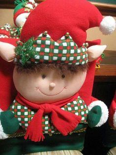 Xmas, Christmas Ornaments, Christmas Ideas, Elf, Diy And Crafts, Holiday Decor, Home Decor, Christmas Chair, Christmas Deco