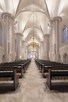 The historic St Mary and Bartholomew Church in Harsefeld shines in a new light using ERCO LED technology. Optec LED spotlights accentuate individual a. Gothic Cathedral, Cathedral Church, Religious Architecture, Light Architecture, Lighting Concepts, Lighting Design, Lighting Ideas, Church Interior Design, Altar Design