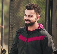 YOU KILL ME BY YOUR CUTEST SMILE ON EARTH♥♥♥ Virat Kohli Wallpapers, Virat And Anushka, Barbie Images, Best Photo Background, Crazy Girl Quotes, Cricket Sport, Super Hair, Beard Styles, Boy Fashion