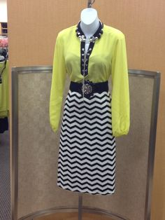 neon Catos Fashion, Dresses With Sleeves, Summer Dresses, Display Ideas, Long Sleeve, Womens Fashion, Virginia, Shirts, Neon