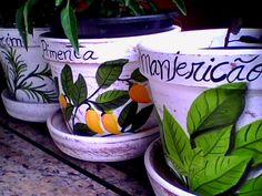Pintura em vaso de cerâmica