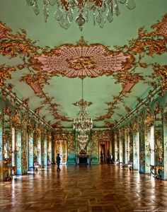French Rococo - Interior Gold Low Relief Chandelier floor to ceiling windows pastel - Charlottenburg Palace - Berlin, Germany Versailles, Architecture Baroque, Beautiful Architecture, Mode Baroque, Rococo Style, French Rococo, Ceiling Design, Ceiling Art, Interior And Exterior