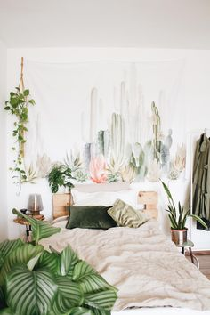 7 Ways To Personalise Your Space with Wabi Sabi, Bedroom Inspo, Bedroom Decor, Bedroom Ideas, Post Holiday Blues, Cosy Apartment, Interior And Exterior, Interior Design, Trendy Home Decor