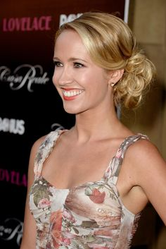 Anna Camp Images