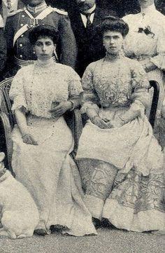 Grand Duchess Victoria Feodorovna of Russia and sister, Princess Beatrice of Edinburgh, later Duchess of Galliera. 1900s.