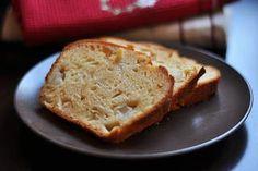 Armutlu Kek – Mutfak Sırları – Pratik Yemek Tarifleri Banana Bread, Desserts, Food, Tailgate Desserts, Deserts, Essen, Postres, Meals, Dessert