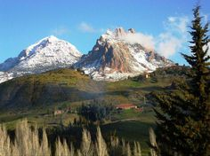 El'Ouanchariss mountains - Tissemsilt - Algeria