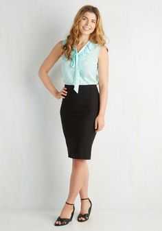I'll Have the Usual Skirt in Black. Some things never change - like your favorite cocktail and the classic panache of this black pencil skirt! #black #modcloth