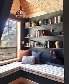 home library decor * home library ; home library ideas ; home library design ; home library cozy ; home library office ; home library ideas small ; home library decor ; home library ideas cozy Home Library Design, Home Design, Design Ideas, Library Ideas, Library In Home, Dream House Design, Small Home Interior Design, Design Design, Small Home Libraries