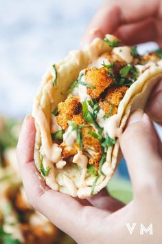 Not a fan of cauliflower tacos. Vegan Cauliflower Tacos with Chipotle Cream Veggie Recipes, Mexican Food Recipes, Whole Food Recipes, Vegetarian Recipes, Cooking Recipes, Healthy Recipes, Vegetarian Cookbook, Vegetarian Mexican Food, Vegan Sandwich Recipes
