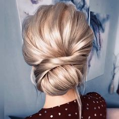 Long Wedding Hairstyles and Wedding Updos Ideas - diy wedding updo hairstyle tutorial frisuren haare hair hair long hair short Updo Hairstyles Tutorials, Up Hairstyles, Bridal Hairstyles, Hairstyle Ideas, Bridesmaid Updo Hairstyles, Classy Updo Hairstyles, Engagement Hairstyles, Hair Tutorials, Hair Upstyles