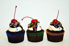 hot fudge sundae cupcakes!