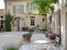 courtyards of provence france | through Lady Jill's Art studio