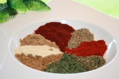 Gyros Spice Mix With A Kick Recipe - Greek.Genius Kitchen (chili and cumin seasoning) Gyro Seasoning, Greek Seasoning, Seasoning Mixes, Seasoning Recipe, Chili Seasoning, Greek Recipes, Dog Food Recipes, Cooking Recipes, Chicken Recipes