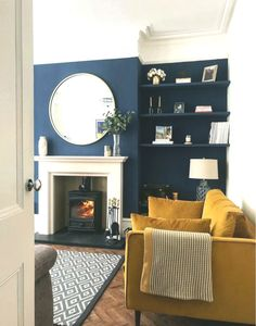 sitting room Stunning Low-budget create a victorian living room you'll love Eclectic Living Room, Blue Living Room, Beige Living Rooms, Living Room Wall, Blue Living Room Decor, Yellow Living Room, Cosy Living Room, Country Living Room, Victorian Living Room