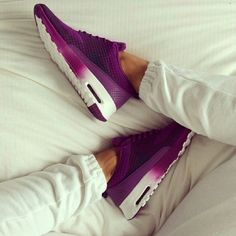 Nike ombre airmax thea Worn once in great condition nike Shoes Athletic Shoes