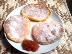 Cukkinis amerikai palacsinta Hamburger, Bread, Food, Breads, Baking, Hamburgers, Meals, Yemek, Burgers