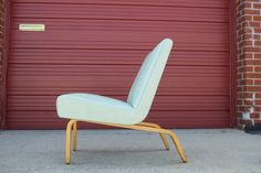 Gorgeous 1950's bentwood lounge chair by Thonet.