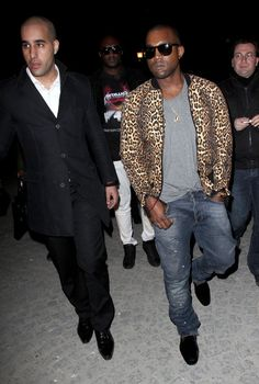 Kanye+West+Celebrities+Vivienne+Westwood+Fashion+06X0Qm7p9-rl.jpg (400×594)