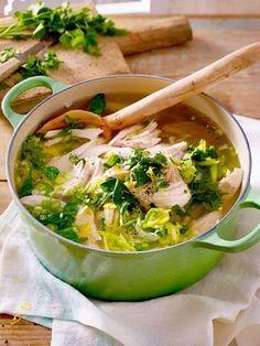 Hilft nicht nur bei Schnupfen sondern schmeckt auch noch köstlich! #Suppe #Frühling