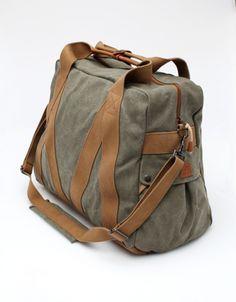 dc8e39d0a632 Whillas And Gunn - Trap Duffle Large Duffel Bag