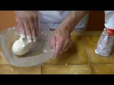 Comment faire la pâte à pizza facilement ? VRAI Recette Italienne - YouTube