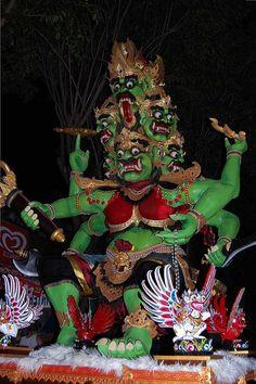 Ogoh-Ogoh Festival 2012 @Bali by narcist me !, via Flickr