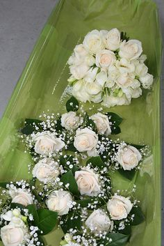 How Beautiful are these  Wedding Flowers  Please Repin     Click Here to see more wedding flowers http://www.fiftyflowers.com/?a_aid=FFlowers