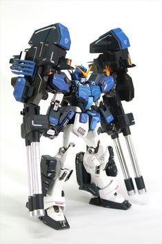 MODELER: Αng 마  MODEL TITLE: Gundam Heavyarms Hedgehog  MODIFICATION TYPE: custom color scheme, custom details, scratch built parts, custom ...