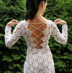 Crochet dress, white, bare sho  