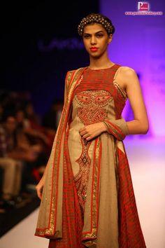 Lakme Fashion Week Fall Winter 2014 images Heavy Dresses, Lakme Fashion Week, Best Model, Fall Winter 2014, Indian Wear, Indian Fashion, Designer Dresses, Ethnic, Sari