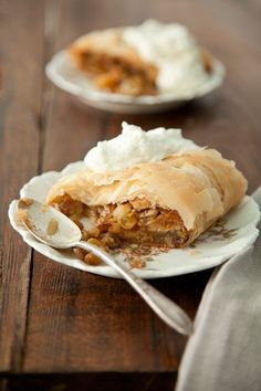 Check out what I found on the Paula Deen Network! Apple Strudel http://www.pauladeen.com/apple-strudel