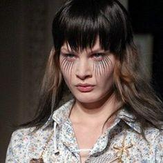Maquillage Ingrid Grognard, coiffure Rudi Cremers