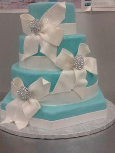 Tiffany Blue Wedding ... Tiffany Blue wedding cake  Keywords: #tiffanyblueweddings #jevelweddingplanning Follow Us: www.jevelweddingplanning.com  www.facebook.com/jevelweddingplanning/