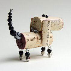 Recycled Wine Corks, Recycled Crafts, Diy Crafts, Wooden Crafts, Wine Cork Ornaments, Wine Cork Crafts, Hound Dog, Basset Hound, Valentine Crafts
