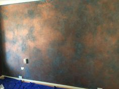 "How to Paint a Faux Copper Feature Wall DIY - - I wanted a feature wall for my bedroom that ""popped"" but also imparted a feeling of warmth. I chose a warm copper feel using a Dulux Copper paint finish. Painted Feature Wall, Brick Feature Wall, Feature Wall Living Room, Painted Wall Murals, Kitchen Feature Wall, Fireplace Feature Wall, Faux Finishes For Walls, Faux Brick Walls, Wood Walls"