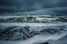 Eric Witsoe Photography  http://pphotographyb.blogspot.com/2012/02/beautiful-photography-by-erik-witsoe.html