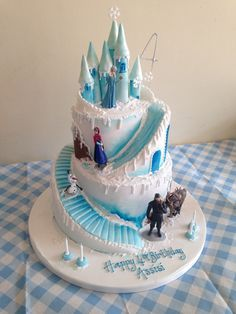 Frozen Elsa & Anna birthday cake The Effective Pictures We Offer You About Birthday Cake for him A quality picture can tell you many things. You can find the most beautiful pictures that can be presen Elsa Birthday Cake, Frozen Themed Birthday Cake, Frozen Themed Birthday Party, Birthday Cakes For Teens, 5th Birthday, Frozen Theme Cake, Turtle Birthday, Turtle Party, Carnival Birthday