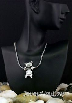 Would even consider wearing if it was on a much smaller scale. The post Sterling Silver Pig Necklace Laundry appeared first on Gag Dad. Pig Necklace, Tout Rose, Pot Belly Pigs, Mini Pig, Cute Piggies, Flying Pig, This Little Piggy, Girly Things, Jewelery