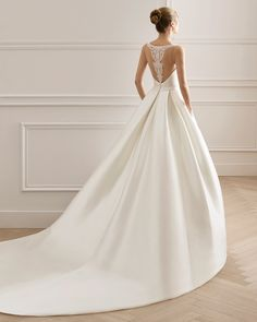Classic-style wedding dress in tammy and beaded lace. Bateau neckline and lace back with sheer inserts. Classic Wedding Dress, Dream Wedding Dresses, Wedding Suits, Designer Wedding Dresses, Bridal Dresses, Wedding Gowns, Wedding Dresses Pinterest, Style Classique, Cosplay Outfits