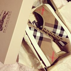 Burberry sneaks<3 I have these!!!