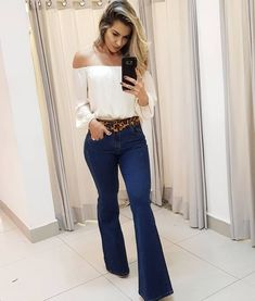 Best Jeans For Women From Top To Bottom – kaliyy Flare Jeans Outfit, Jeans Outfit Summer, Hippie Outfits, Fall Outfits, Casual Outfits, Look Fashion, Girl Fashion, Fashion Outfits, Mode Zara