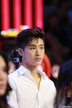Find images and videos about Ikon, hanbin and bi on We Heart It - the app to get lost in what you love. Kim Hanbin Ikon, Ikon Kpop, Yg Ikon, Ikon Debut, Jay Song, Kim Dong, Kdrama Actors, Yg Entertainment, K Idols