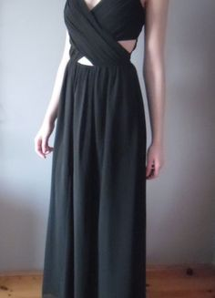 Kup mój przedmiot na #vintedpl http://www.vinted.pl/damska-odziez/dlugie-sukienki/16457943-dluga-czarna-sukienka-asos-maxi