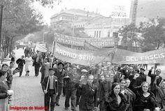 Manifestación popular por la calle de Génova en noviembre de 1936