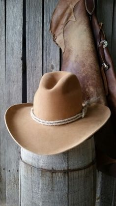 Gus style custom cowboy hat Camel is the color