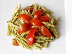 Trofie al Pesto con Pomodori e Ricotta