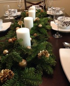 Best Christmas Table Decor ideas for Christmas 2019 where traditions meets grandeur - Hike n Dip Make your Christmas special with the best Christmas Table decoration ideas. These Christmas tablescapes are bound to make your Christmas dinner special. Xmas Table Decorations, Christmas Table Centerpieces, Christmas Tablescapes, Decoration Table, Outdoor Decorations, Christmas Candles, Elegant Christmas, Rustic Christmas, Beautiful Christmas