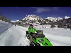 Jackson Hole Snowmobile Adventures | Togwotee Pass, Granite Hot Springs, and a hundred more stunning destinations.