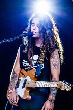 Tash Sultana ❤️ her music and tattoos!